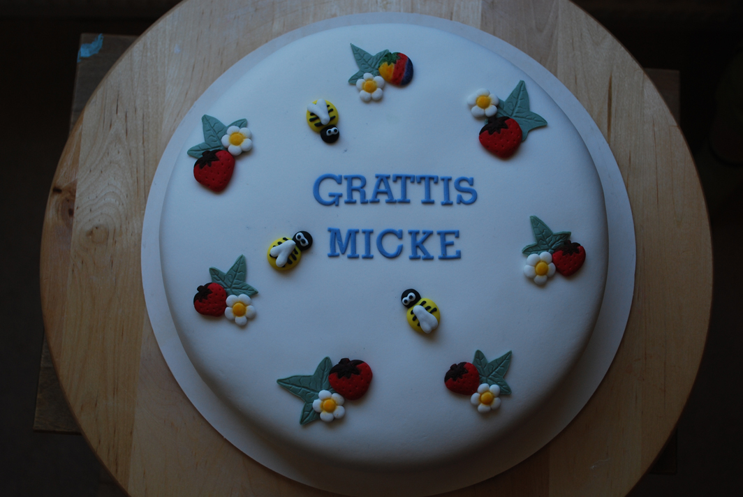 grattis tårta Grattis tårta | Tårtexperten grattis tårta